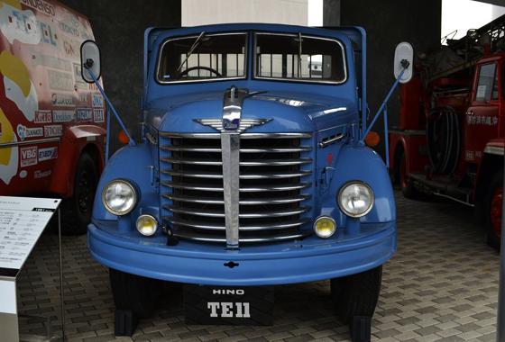 รถบรรทุก TE11 รถบรรทุกฮีโน่รุ่นแรกที่ประกอบสำเร็จในเมืองไทย