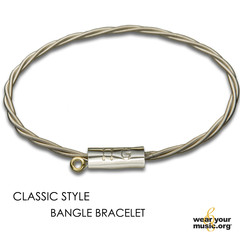 Artist_Bracelet_Classic_Bangle_10278877_a4b3805a-64b6-4aed-89cd-17976cb5d916_medium