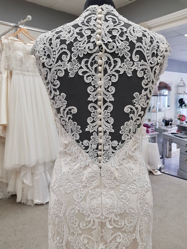 Kenneth Winston wedding dress