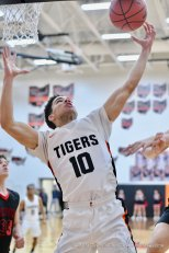 Loveland-Men-vs-Milford-Basketball---44