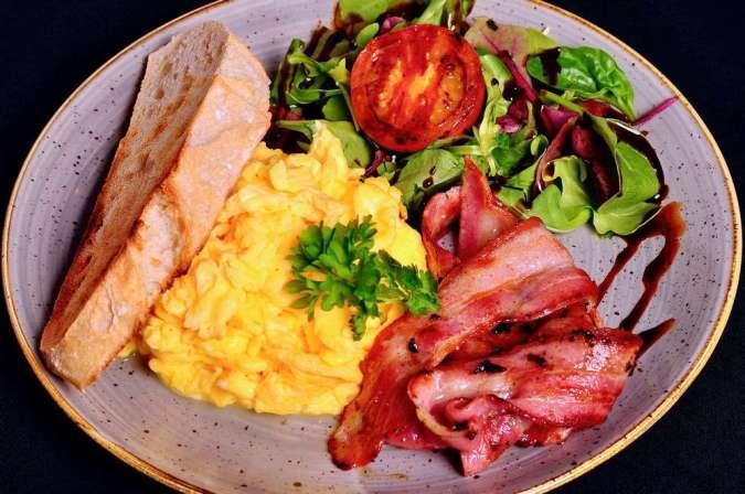 Scrambled Eggs and Bacon or Turkey Rashers