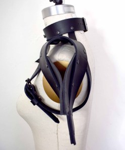 black winged shoulder harness
