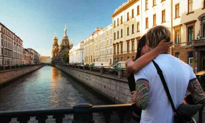 cropped-couple-bridge-freeimagesQUTE3.jpg