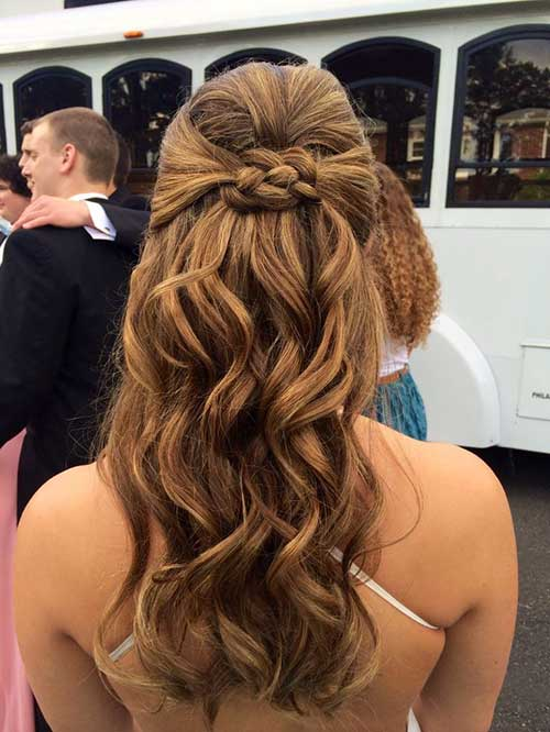 30 Best Half Up Curly Hairstyles Hairstyles And Haircuts