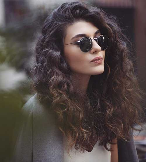 Totally Chic And Beautiful Curly Hairstyles Hairstyles