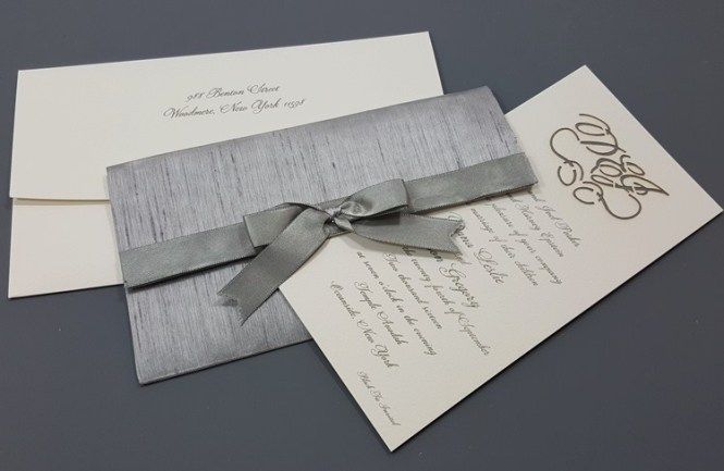 6009 Wedding Invitations Lovely Knot Custom