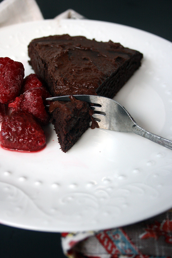 Vegan Brownie Cake with Raspberry Chocolate Frosting. Fudgy, decadent, and totally healthy!