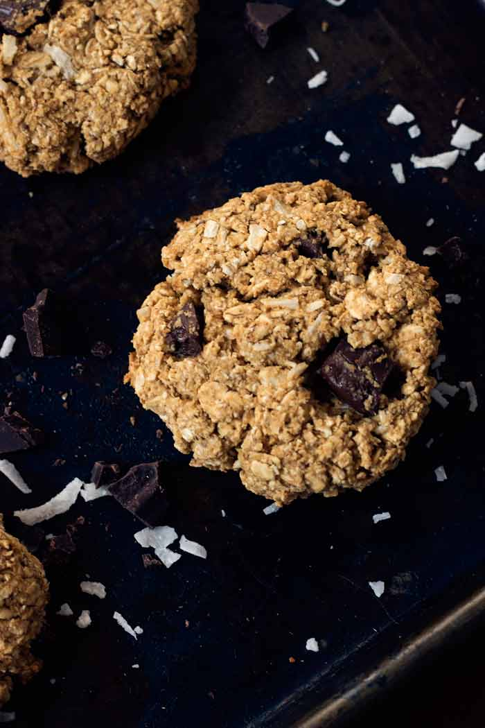 vegan coconut peanut butter oatmeal cookies | love me, feed me