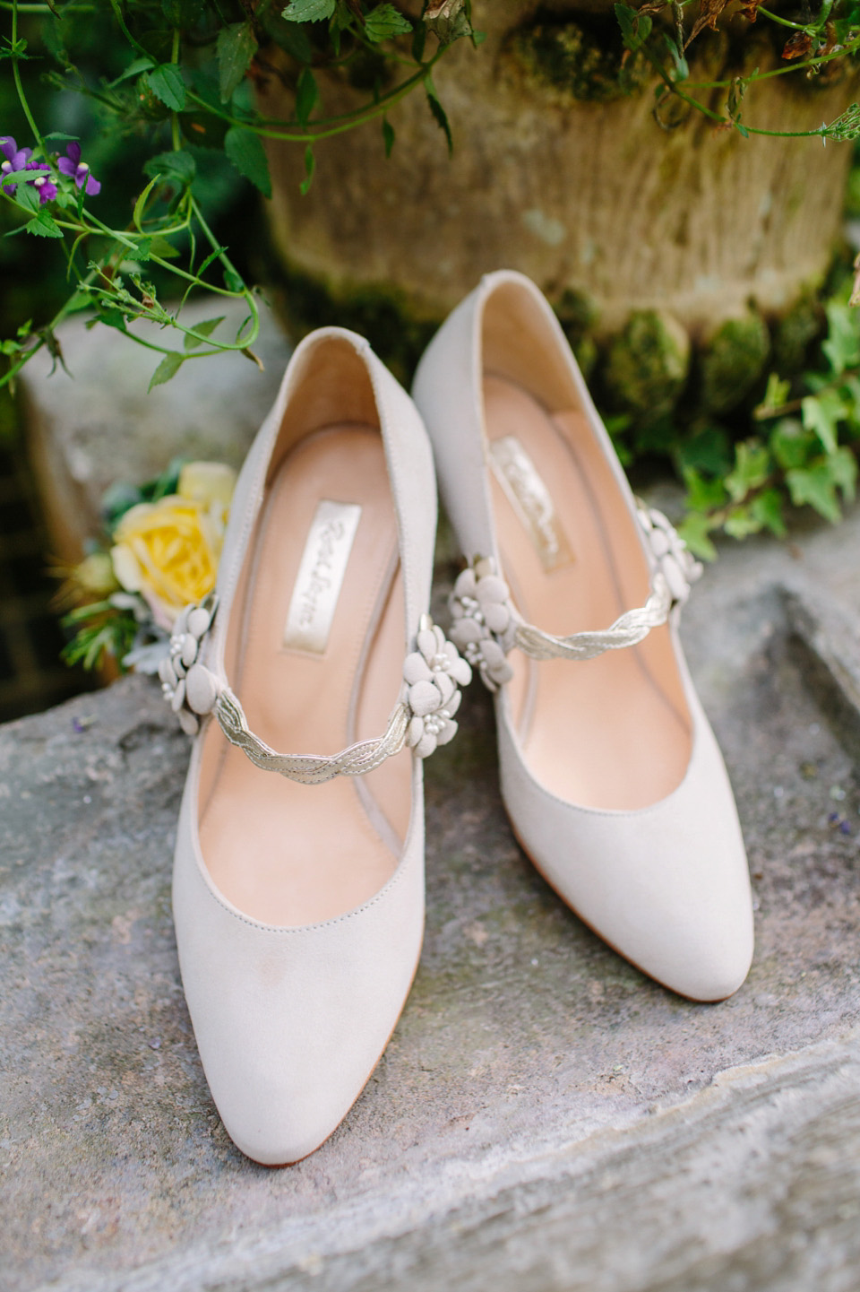 vintage wedding shoes for bride vintage inspired wedding shoes from 8334
