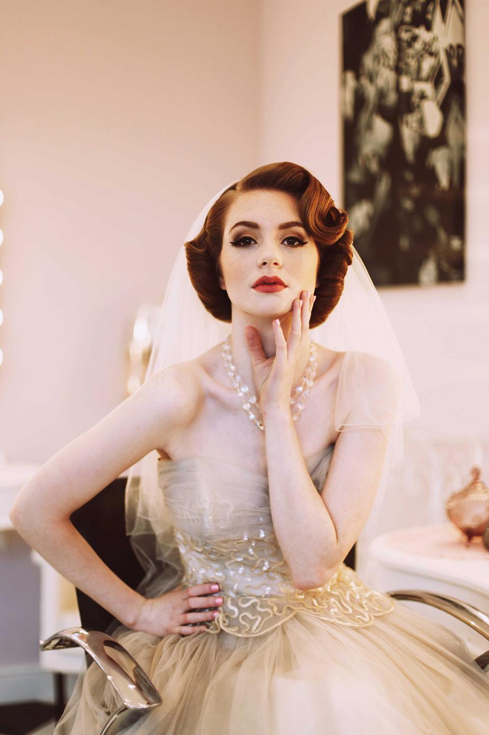 Elegant 1950s Fashion For The Modern Bride Love My