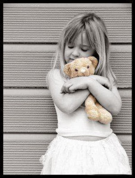 Girls DP for Whatsapp teddy hugging cute girl profile dp