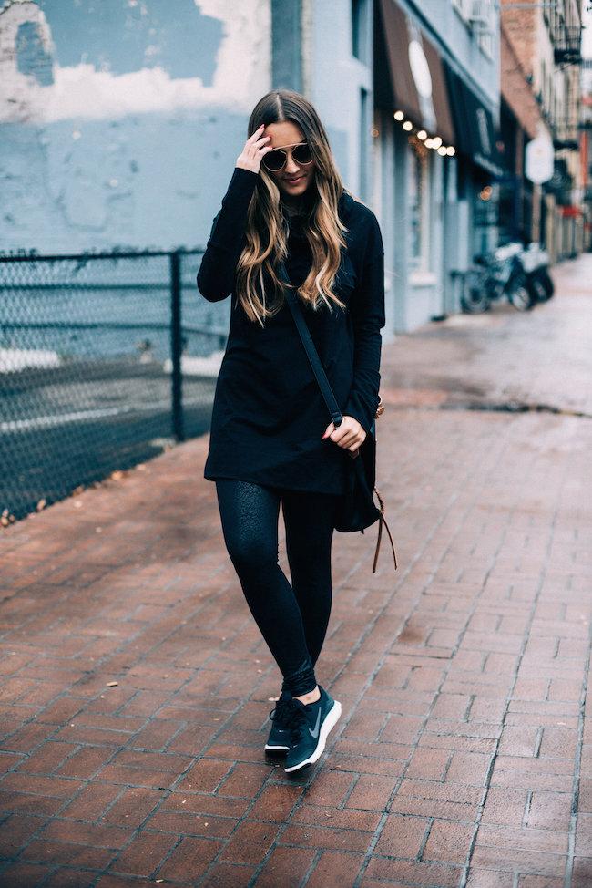 athleisure all black