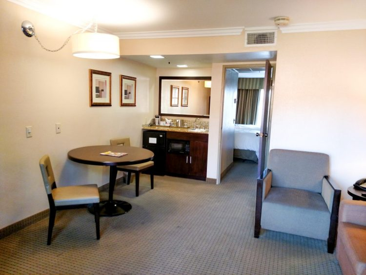 The roomy suites at the Radisson in Buena Park make it a great family hotel