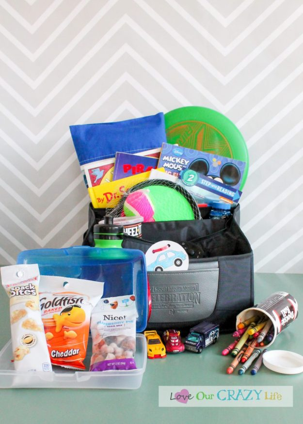 Packing the essential kid's road trip kit. Great tips and some creative ideas!