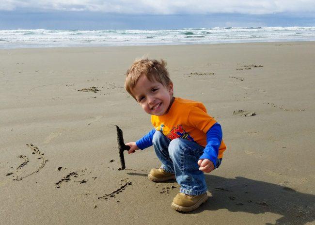 Yaquina Bay Recreational area beach in Newport, Oregon