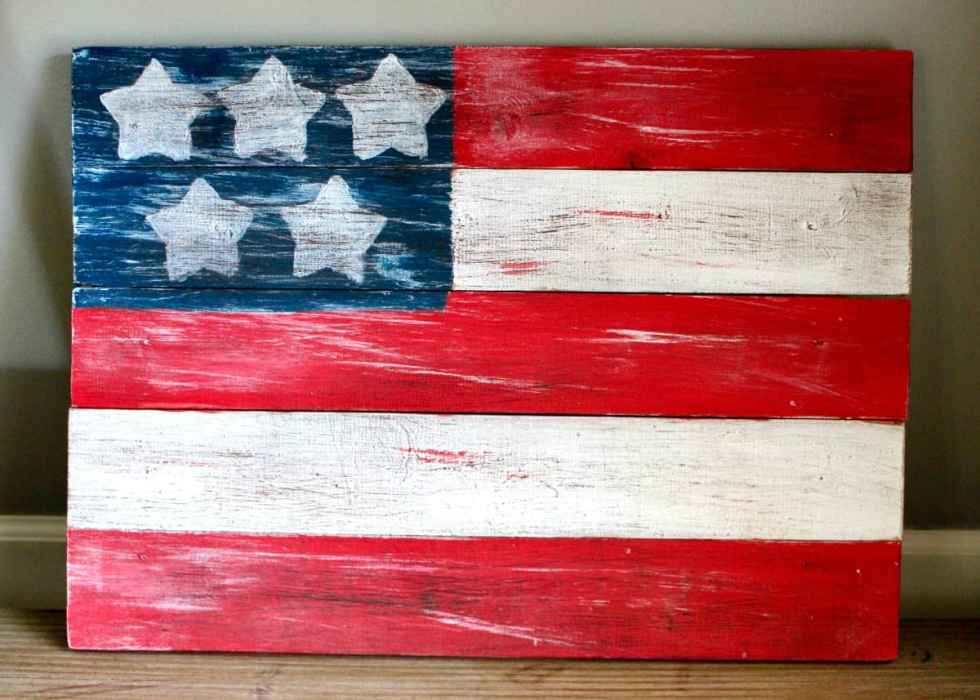 DIY Wood American flag, 4th of July decor, 4th of July decorations, Independence Day decor