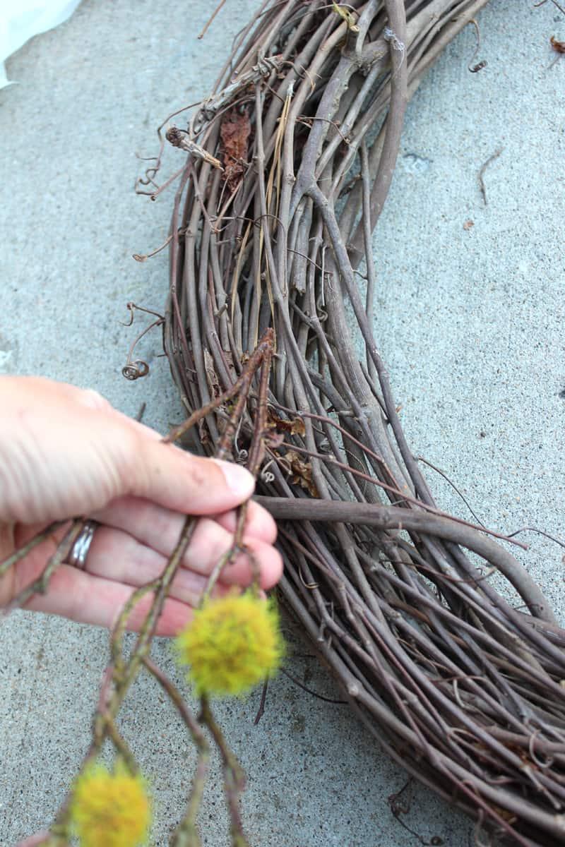 DIY wreath, DIY Front door wreath, fall front door wreath