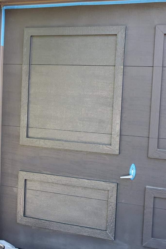 painting a garage door, painting garage doors, tips for painting garage doors, Urbane Bronze on garage doors