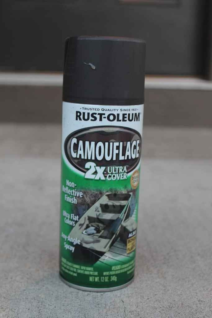 Rustoleum spray paint, brown spray paint, painting plant containers