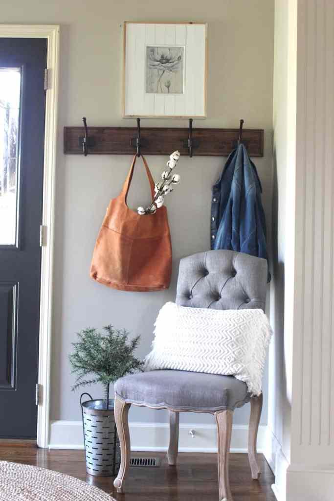 rustic farmhouse entry, farmhouse entry, raw cotton