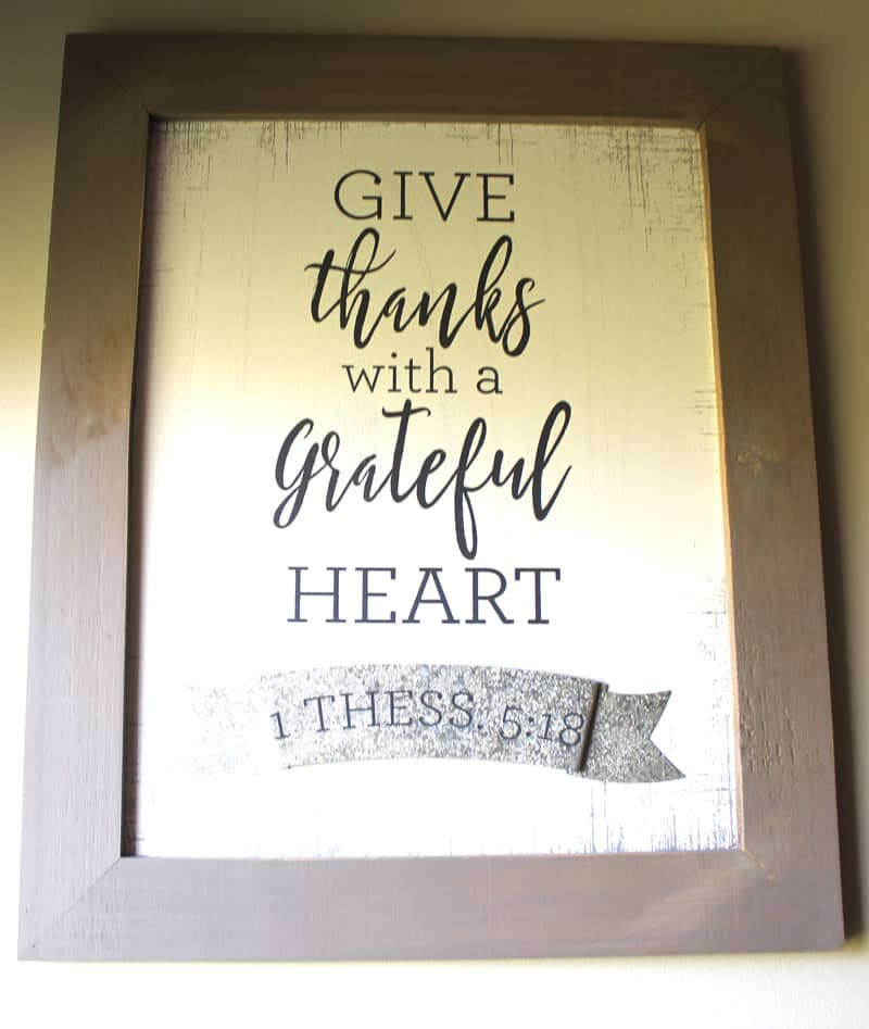 wood signs, give thanks with a grateful heart, rustic farmhouse entry, farmhouse entry