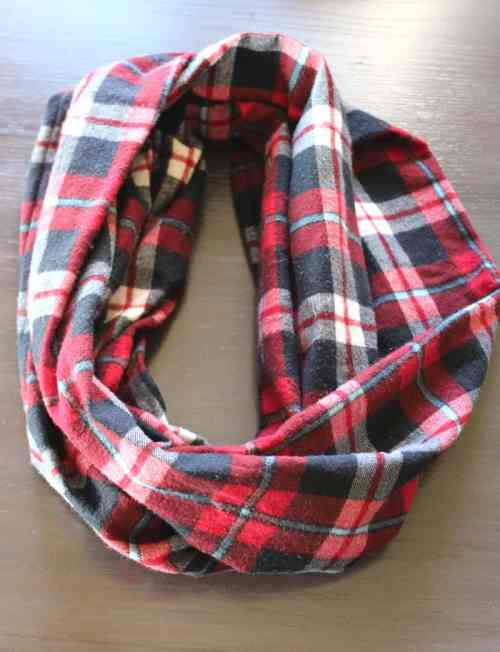 Infinity scarf, Beginner's guide to a simple infinity scarf, tube scarf tutorial