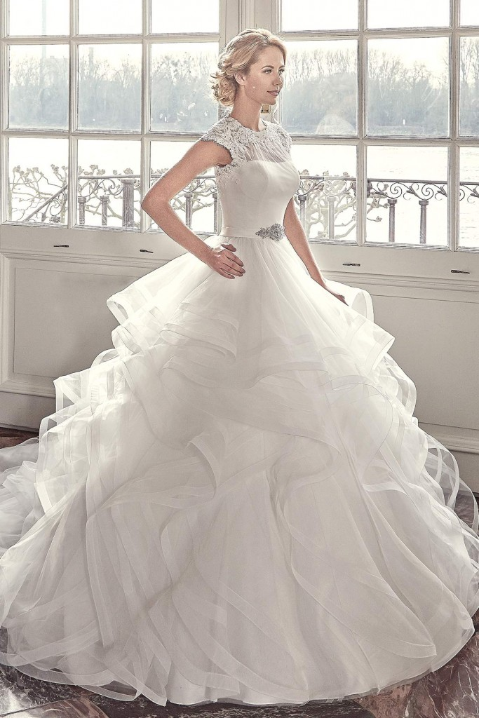 Diane Legrand Has Wedding Dresses To Suit Every Bride Find Your