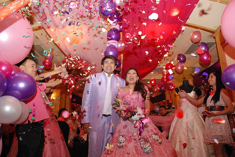 Hello Kitty Wedding Ni Nicole Hyala At Jowadik Love Radio Manila
