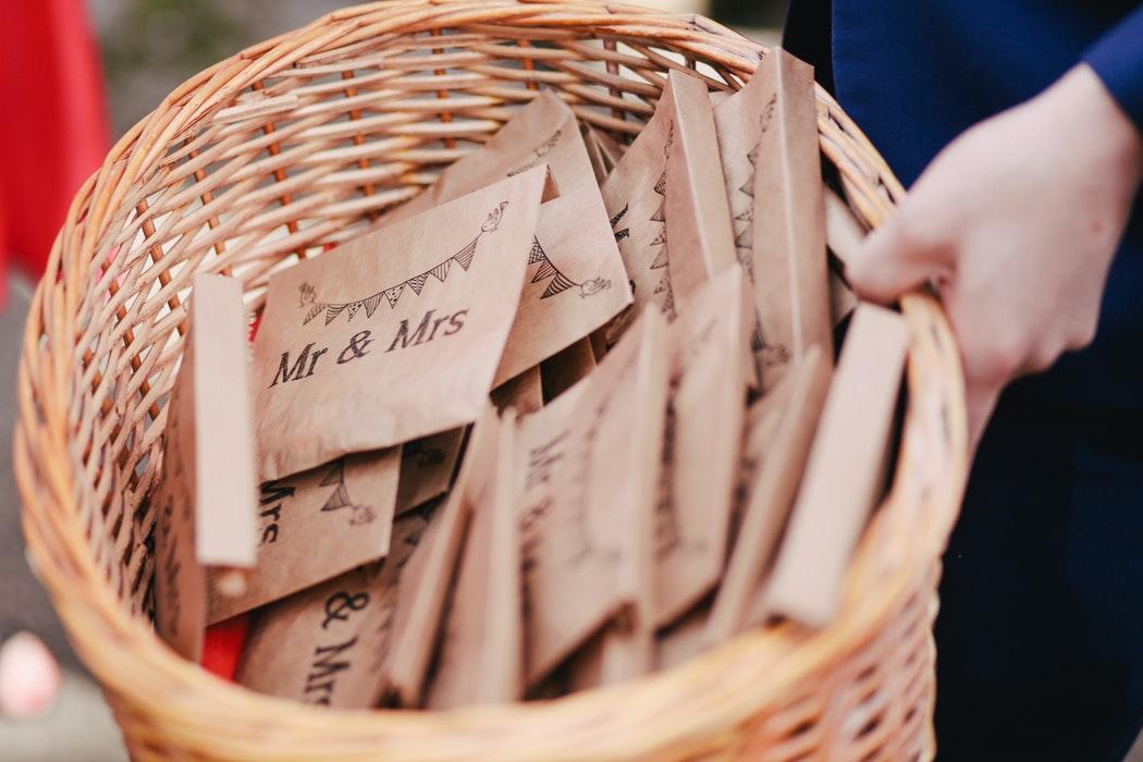 bespaartips bruiloft - laat bedankjes weg