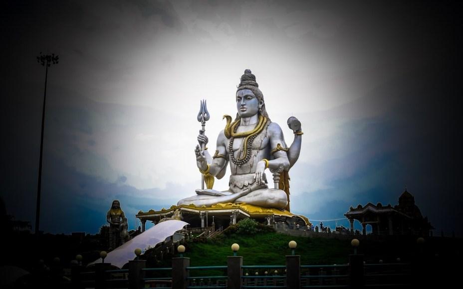 lord-shiva-siting-and-meditating