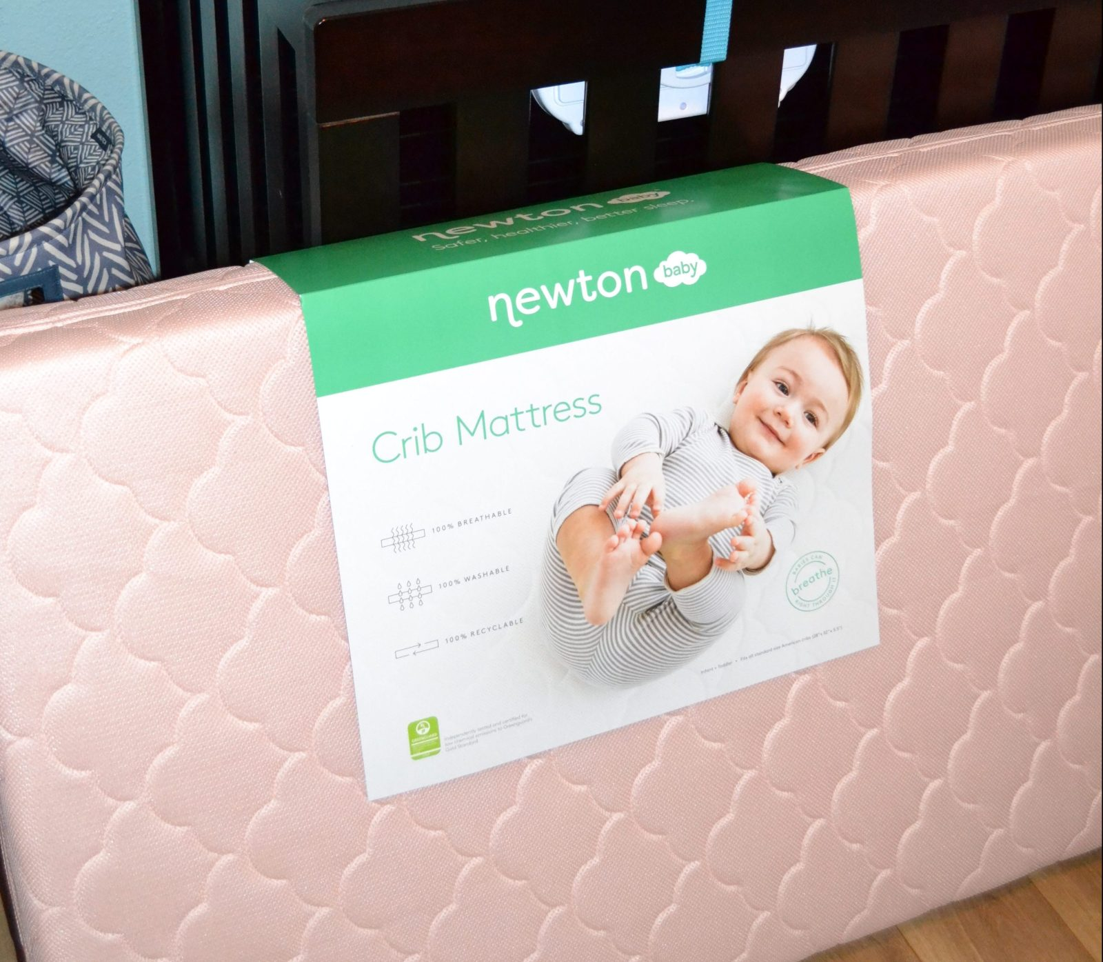 Choosing the best crib mattress for your baby with Newton Crib Mattress