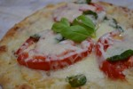 This flatbread pizza recipe is a great after school snack or an appetizer, they are easy to prepare and quick to bake.