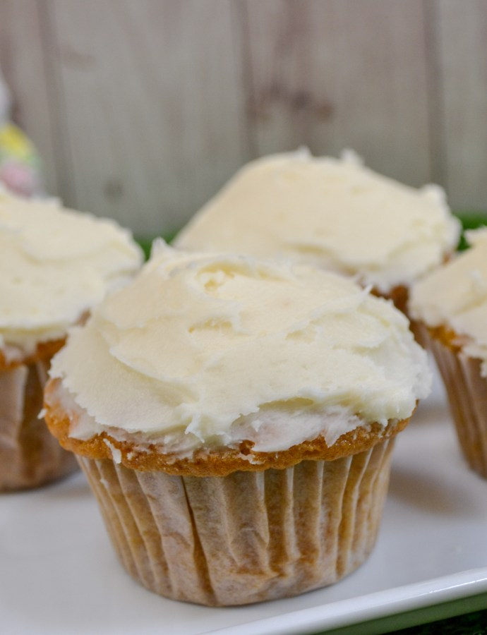 Bakery Style Carrot Cupcakes