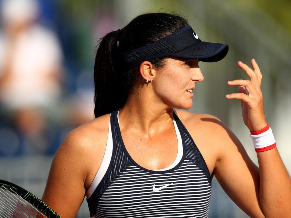 Robson loses in Miami Open first round