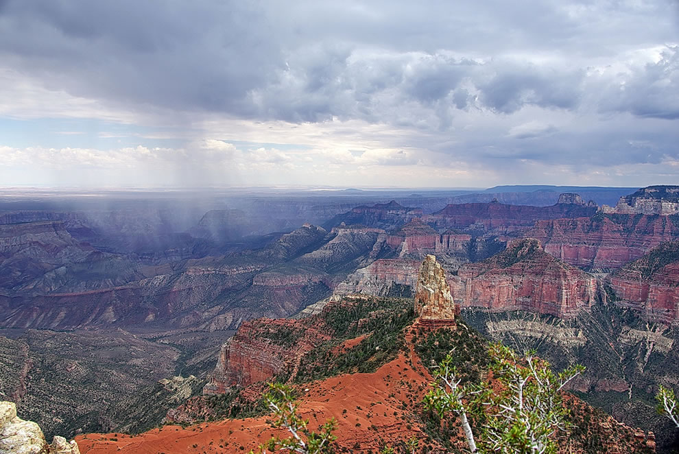 Mount-Hayden-storm-Grand-Canyon-North-Rim.jpg