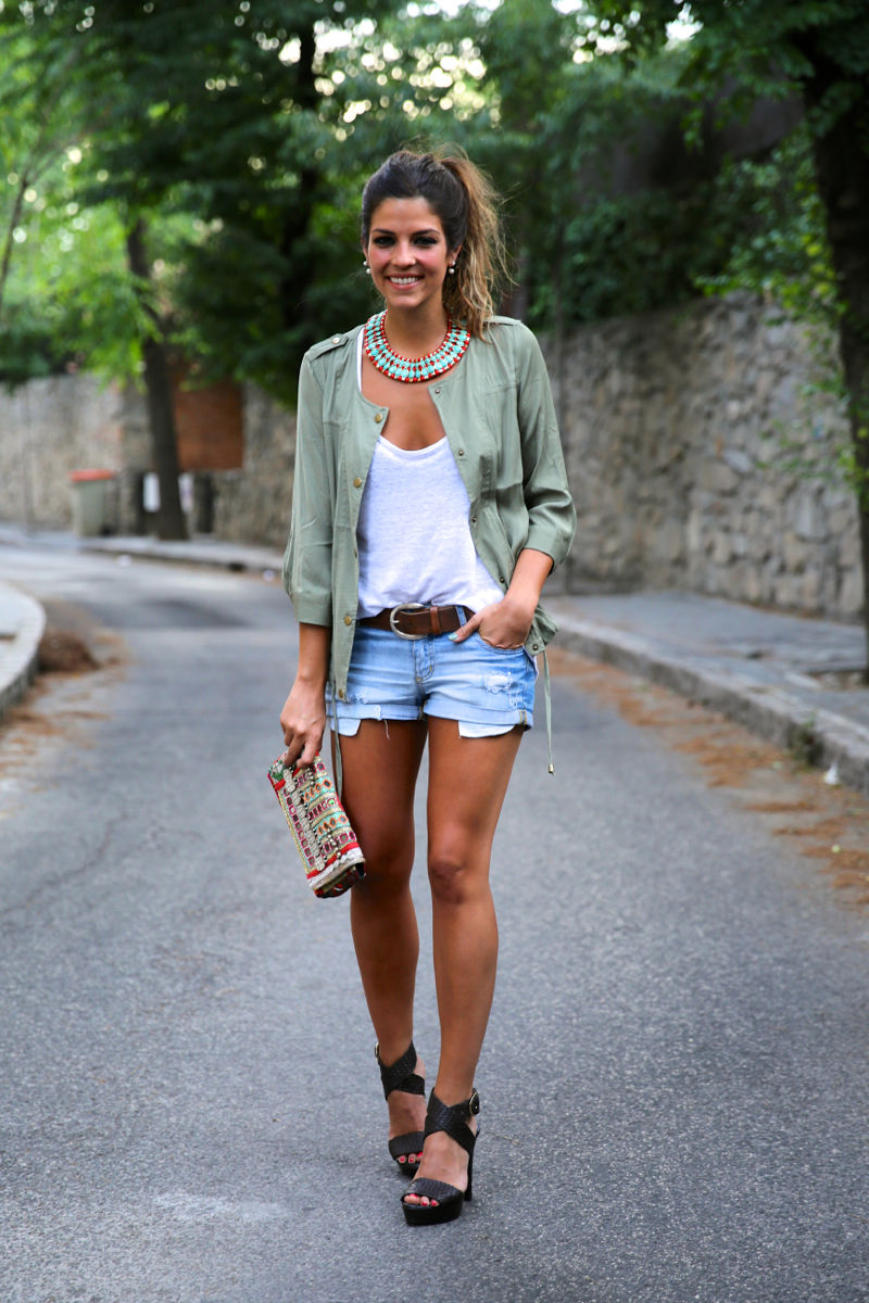 Jean Shorts With Sea Green Shirt And Heels Pictures