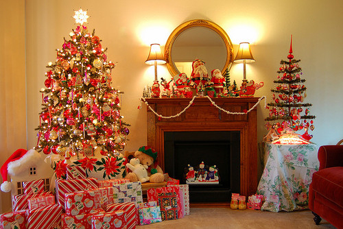 Christmas Decorations Pictures Photos And Images For