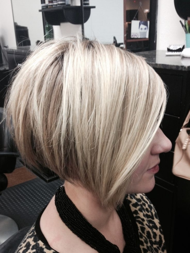 11 Stacked And Layered Bob Hairstyles