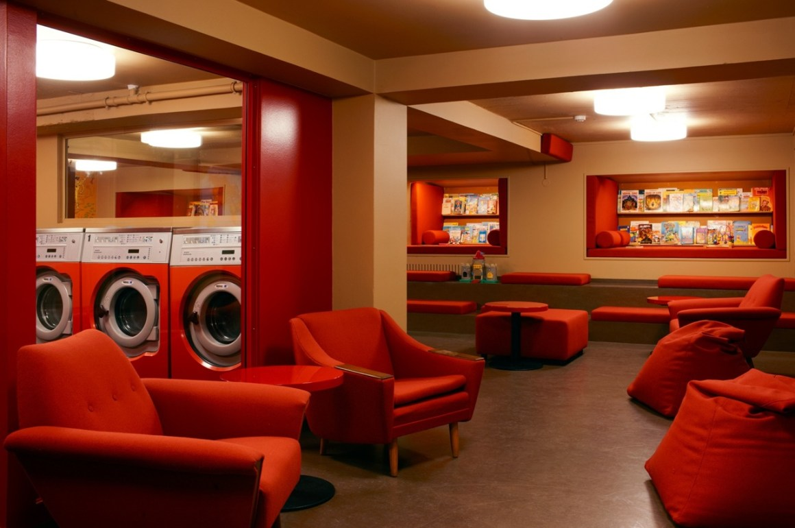 A practical quirky cafe... Grab a bite to eat whilst doing your laundry!