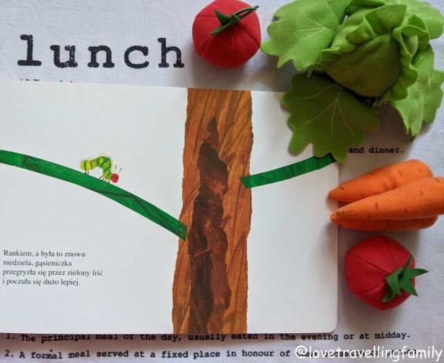"""książki dla rocznego dziecka """"Bardzo głodna gąsienica"""" XL Eric Carle"""
