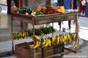 Street vendors, Havana Vieja