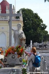 Tomb of Señora Amelia Goyri, Colón