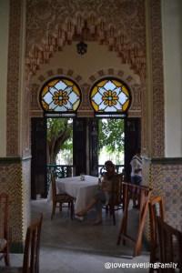 Love travelling family, black tea and Palacio de Valle