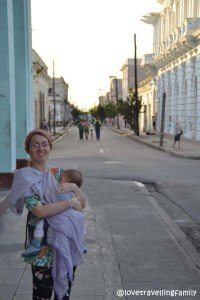 Love travelling family in the City Center Cienfuegos