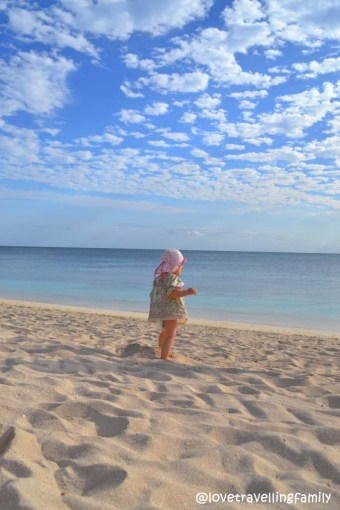 Love travelling family, Zosia in Playa Ancon, Trinidad, Cuba