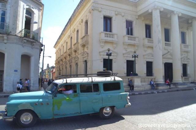 Oldtimer in Santa Clara, Cuba