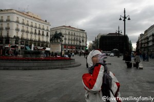 Love travelling family, Plaza de la Puerta del Sol Madrid, Spain