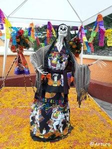 Dia de los muertos in Ocotepec - church 2