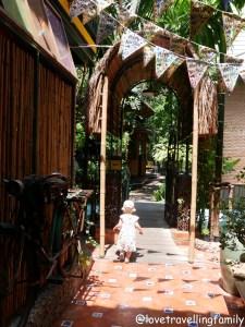 Accommodation in Bangkok Love travelling family