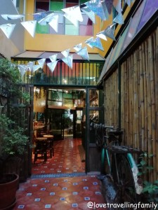 Accommodation in Bangkok. Time Sabai 134 Hostel Love travelling family